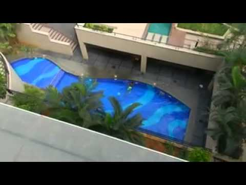 Crazy guy jumps into pool